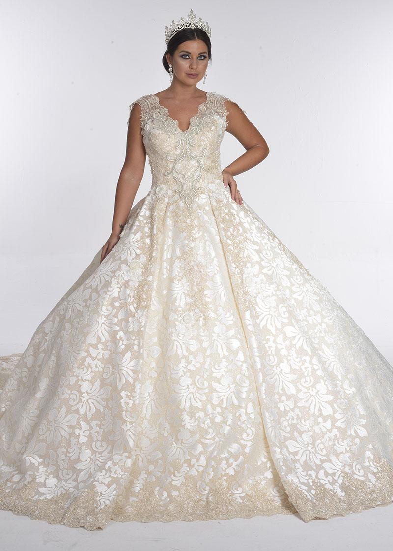 بدلة زفاف دانتيل